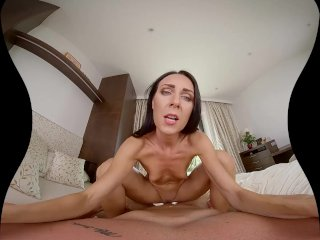 SexBabesVR – 180 VR Porn – Subtle Seduction with Linda Caprice