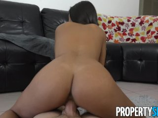 PropertySex – Real estate babe mixing business with pleasure