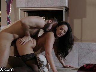EroticaX MILF Cheats On Husband w/ His Friend. Daddy Puts In Work!