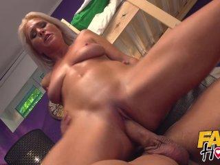 Fake Hostel Hitman comes to take out sexy mature landlady