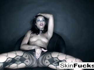 Skin Diamond playing with her tight pussy