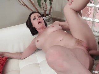 Big Tits Babe Sovereign Syre Cucks Her Husband By Fucking Her Doctor
