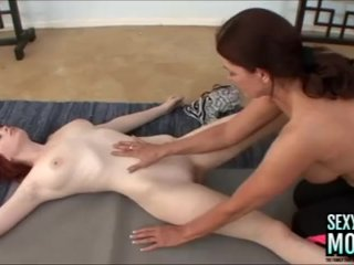 SEXYMOMMA – Step Daughter, Zoey, Works on Magdalene's Meaty Pussy!