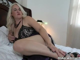 Florida milf Rebecca gets in the mood wearing lingerie