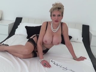 Lady Sonia shows off her big plump breasts
