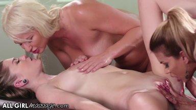 sinhala boobs