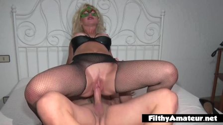 Sperm swap after DP between two nasty nympho milf